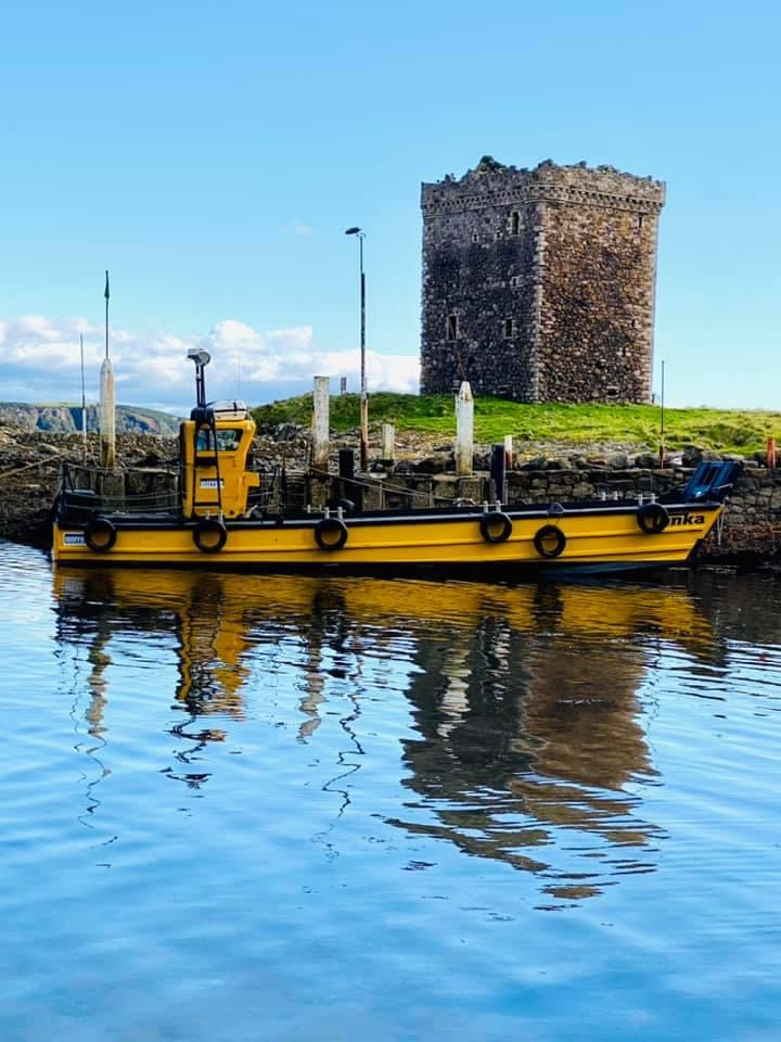 Clyde Charters Wee Cumbrae Castle Tonka