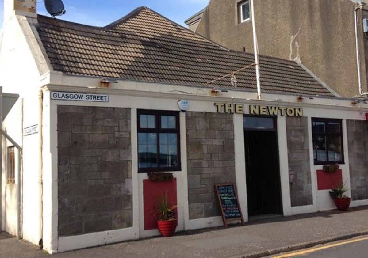 The Newton Bar