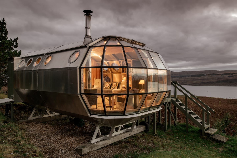Unique Airbnb in Scotland - Drimnin Airship 002